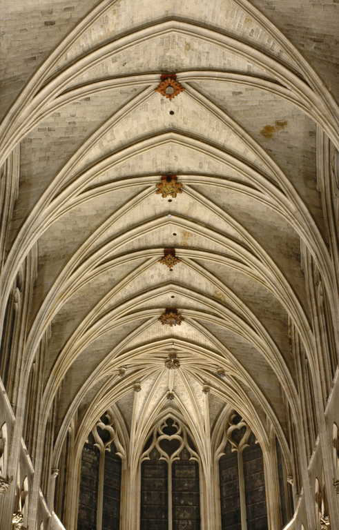 нервюрный свод а готической архитектуре