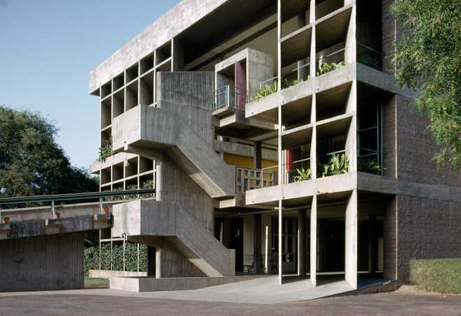 Модернизм в архитектуре: брутализм