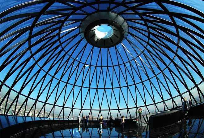 Органическая (эко) архитектура Небоскрёб-огурец в Лондоне, Норман Фостер