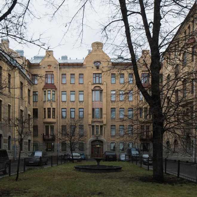 Пример Северного Модерна в Санкт-Петербурге: жилой дом