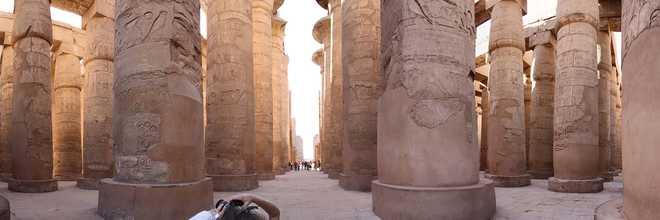 Луксор. Египет. Фото панорама Карнака