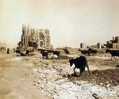 Фото Саграды Фамилии 1915 г