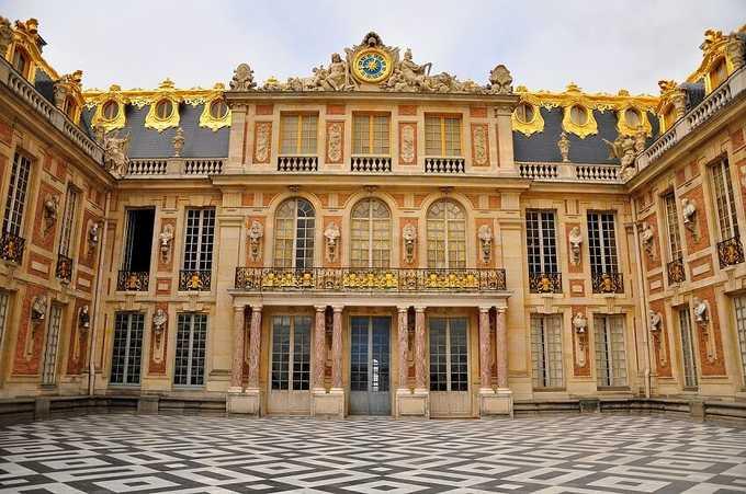 позднее барокко. Фасад Версальского дворца