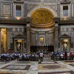 Панорама римского Пантеона внутри