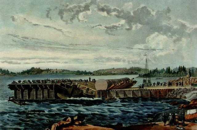 ЧП во время погрузки Александровской колонны