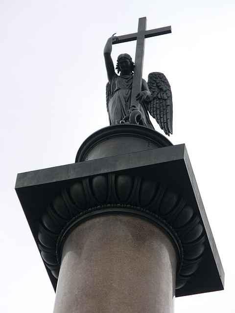 навершие Александровской колонны